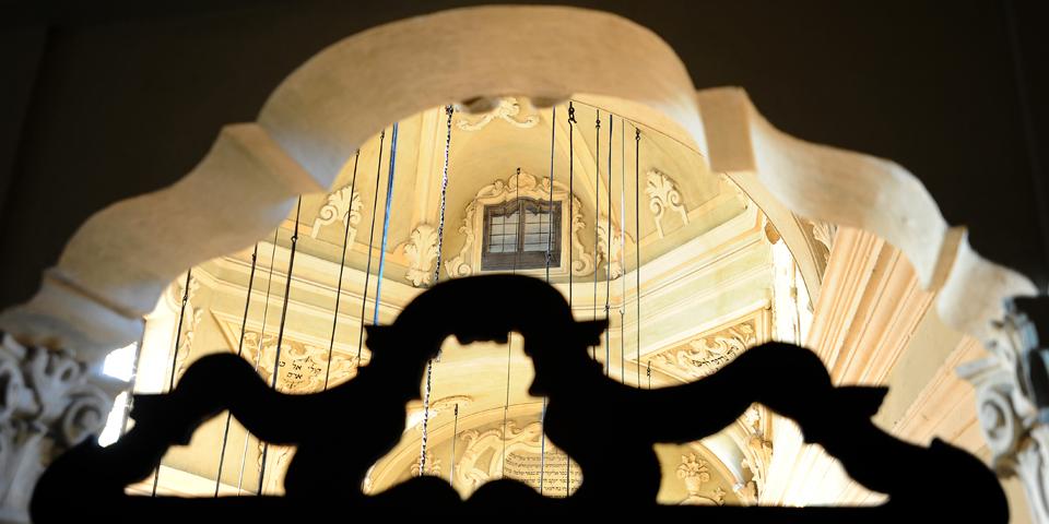 Mantova particolare dal matroneo interno sinagoga © Alberto Jona Falco