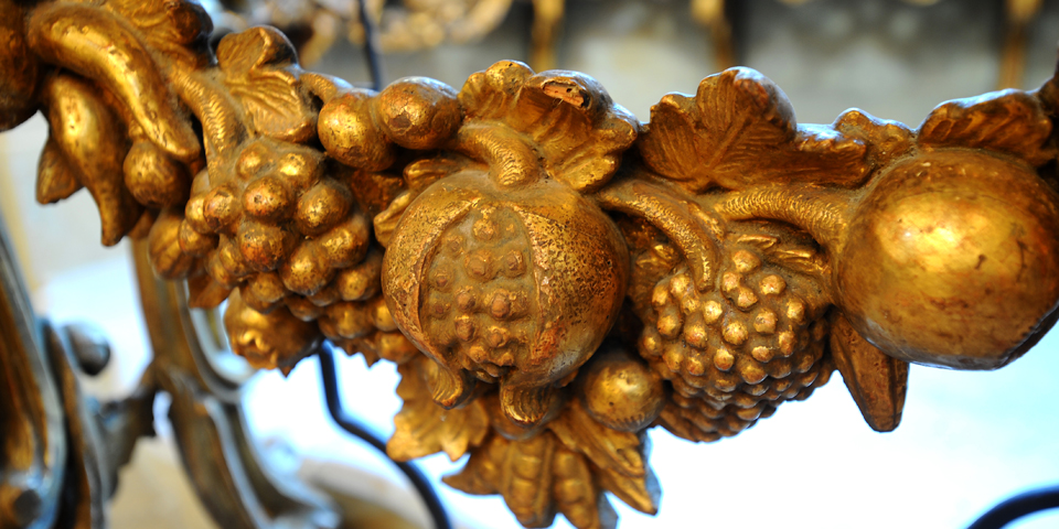 Mantova particolare del decoro del pulpito interno sinagoga © Alberto Jona Falco
