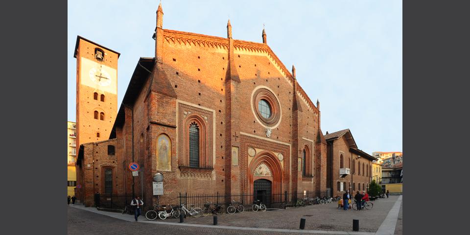 Mortara, the Duomo or Basilica di San Lorenzo © Alberto Jona Falco