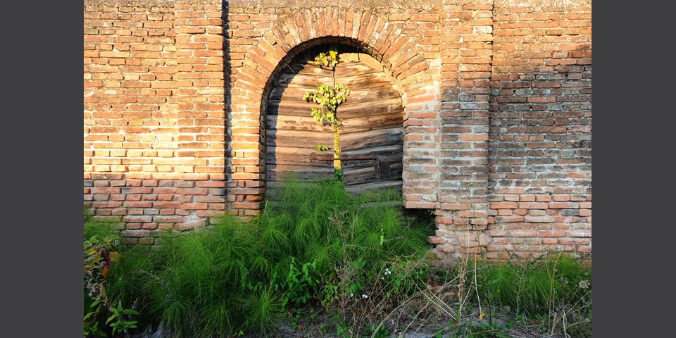 Revere, entrance of the cemetery © Alberto Jona Falco