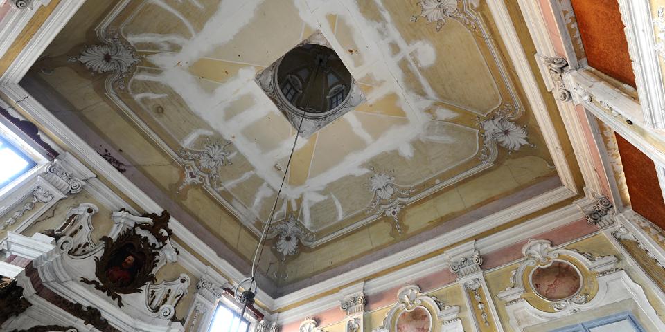 Rivarolo Mantovano il soffitto interno della sinagoga © Alberto Jona Falco