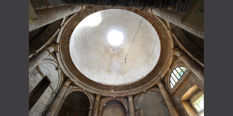 Viadana l'interno della sinagoga il particolare della cupola © Alberto Jona Falco