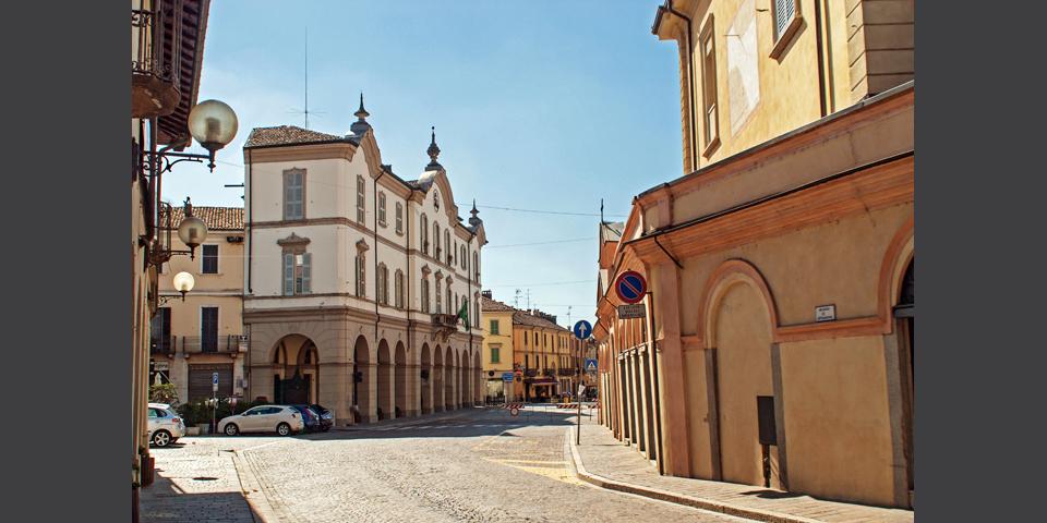 Broni, il palazzo comunale © Alberto Jona Falco