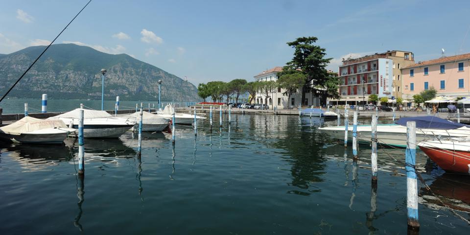 Iseo, view of the lake © Alberto Jona Falco