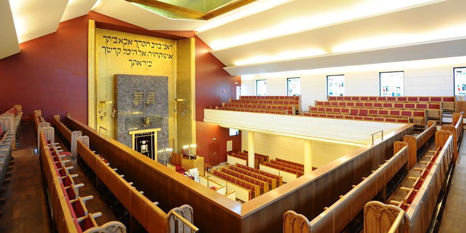Milan internal central synagogue matroneum © Alberto Jona Falco