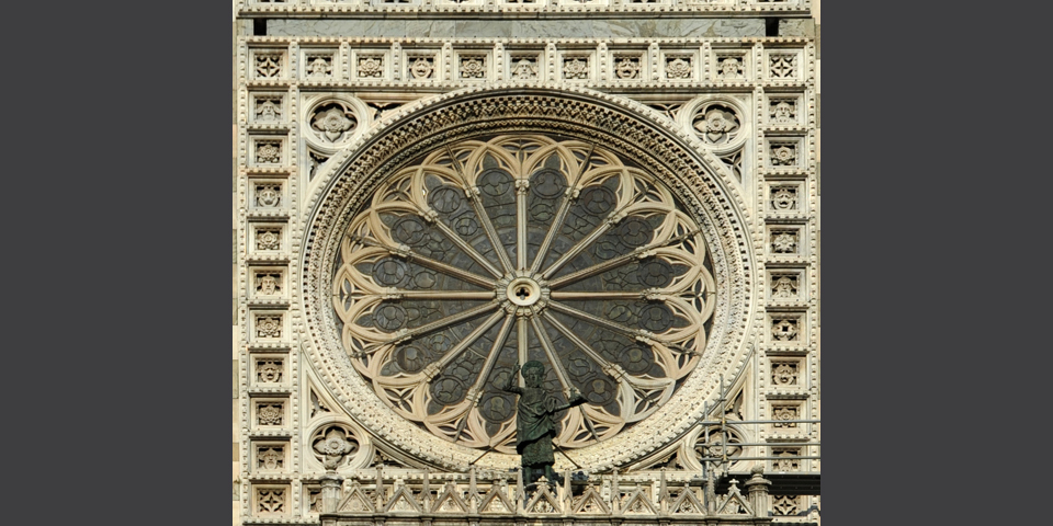 Monza, detail of the Duomo's rose window © Alberto Jona Falco