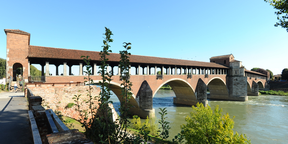 Pavia, the covered bridge over the Ticino river © Alberto Jona Falco