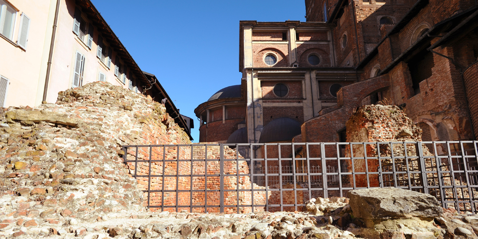 Pavia, remains of Roman buildings © Alberto Jona Falco