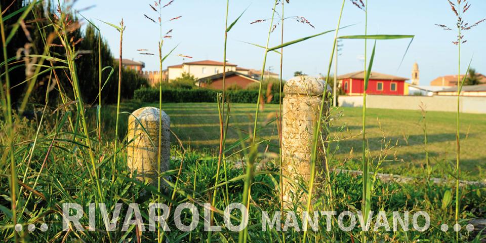 Rivarolo Mantovano, tombstones put back outside the cemetery © Alberto Jona Falco