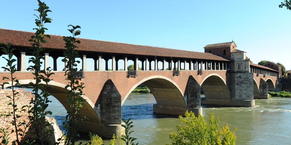 Pavia, The covered bridge over the Ticino rive © Alberto Jona Falco