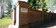 Pomponesco, outside of the cemetery © Alberto Jona Falco