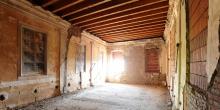 Ostiano primo piano locale del palazzo ove si trovava la sinagoga all'interno del castello, vista da sotto il matroneo © Alberto Jona Falco