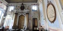 Rivarolo Mantovano interno della sinagoga con scritta commemorativa di Giuseppe Garibaldi © Alberto Jona Falco