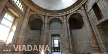 Viadana, interior of the synagogue with a detail of the dome © Alberto Jona Falco